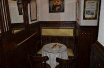 Ambiente Vintage en Café Ajenjo