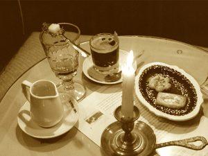 Encarga tus pastas y tartas caseras en Café Ajenjo